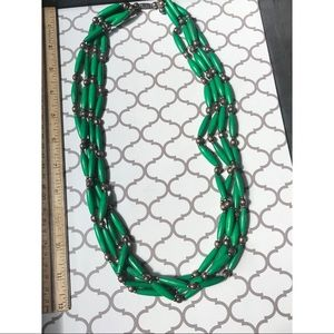 VINTAGES green bead necklace